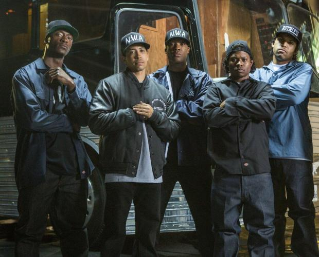 Cast of straight-outta-compton 1.jpg