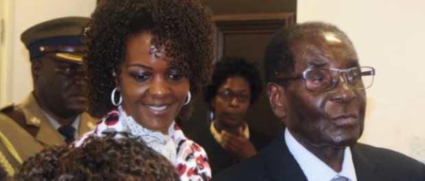 Grace Marufu with Robert Mugabe 2.jpg