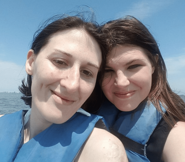 Laura Bluestein and Felicia Dormans 3