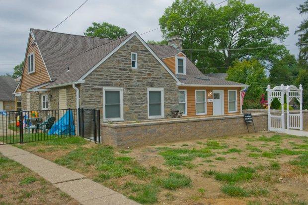 Hupperterz's parent's home in Jenkintown.jpg