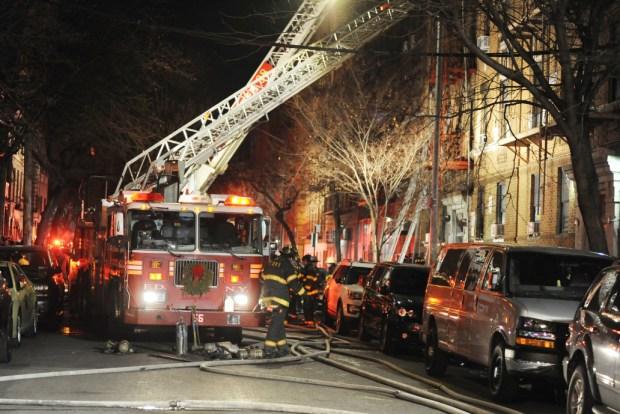 Bronx apt fire dec 2017-5.jpg