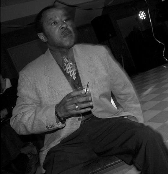 Freddie Simmons 1.png