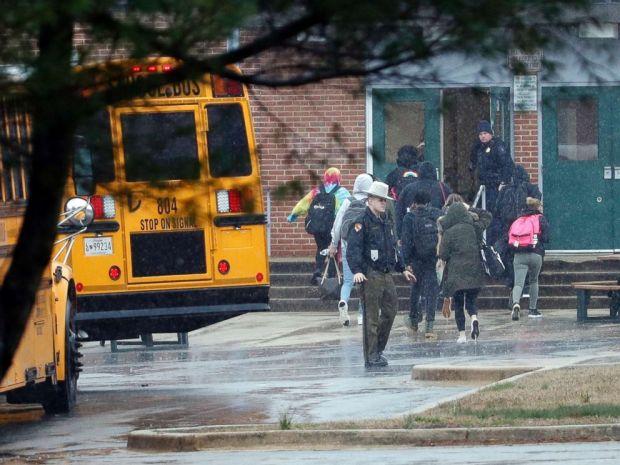 Troopers at school shooting in MD 2.jpg