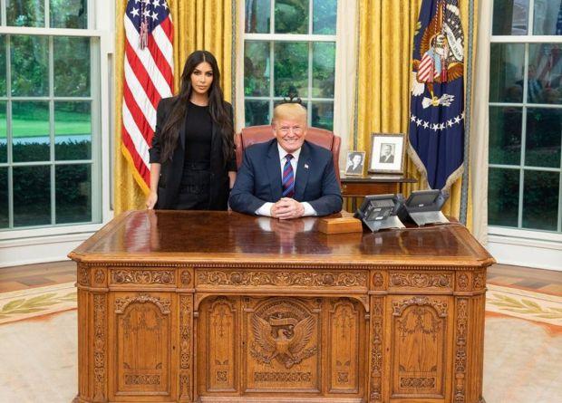 Kim Kardashian and Donald Trump at the White House 1.jpeg