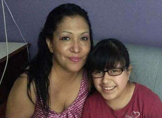 Oralia Mendoza and her granddaughter Mariah Lopez 1.JPG