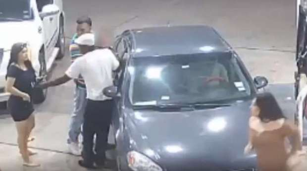 4 women offer man at club a free ride only to set him up for a violent gas station 8
