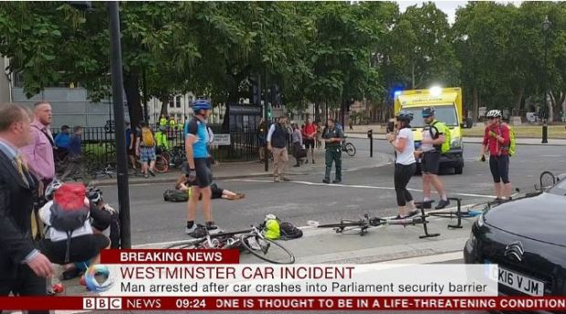 Cyclists abandoned their bikes after the collision 1.JPG
