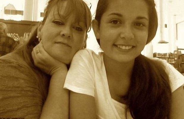 Cynthia Stack and daughter emily Rivera 1