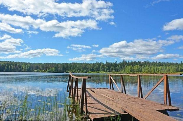 Dolgoe Lake in St Petersburg, Russia 1