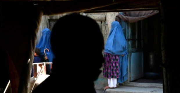 Married woman is arrested in Afghanistan for 'appearing in sex tapes with a Mullah'3.jpg