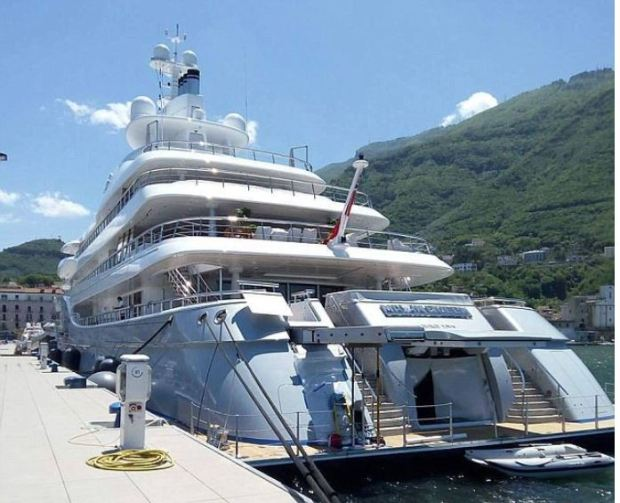 Sinead McNamara committed suicide on  the Mayan Queen IV  1.JPG
