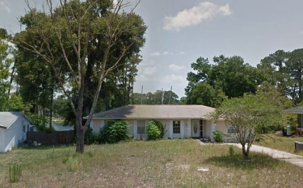 Gail Cleavenger's home outside DeBary, Florida 1