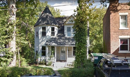 Home in Lakewood, Ohio where cops arrested Shelby John Nealy Jan 3, 2019