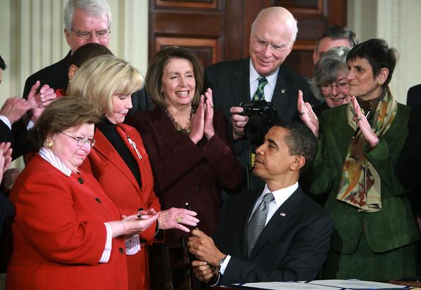 president Barack Obama signs Lilly Ledbetter fair pair Act