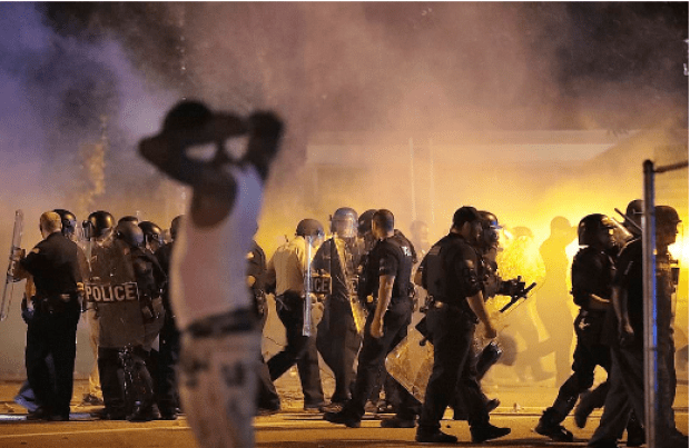 Protesters in Memphis push police back during standoff