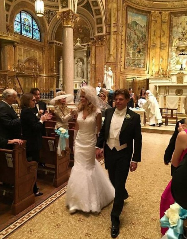 Julianne Michelle, and Karl Christian Reeves, wedding in 2015 8