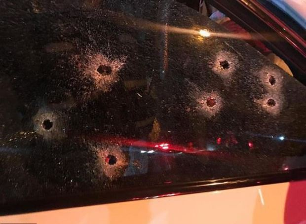 Mark Batchelor's windshield 2.JPG