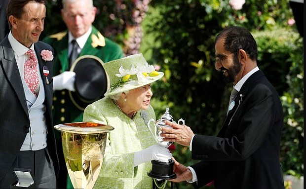 Queen Elizabeth and Sheikh Mohammed bin Rashid al-Maktoum 1