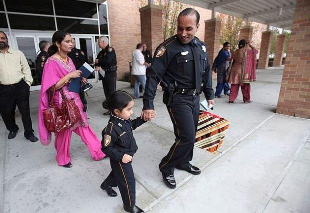 Harwinder Dhaliwal walking behind daughter Japdeep Dhaliwal, and husband Deputy Sandeep Dhaliwal 1.JPG