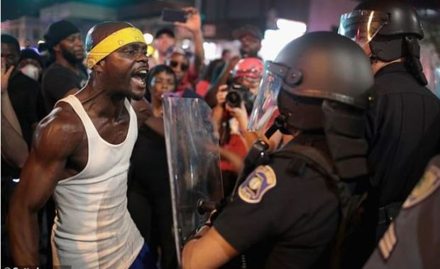 Violent protests in St. Louis over Jason Stockley acquittal in 2017 1