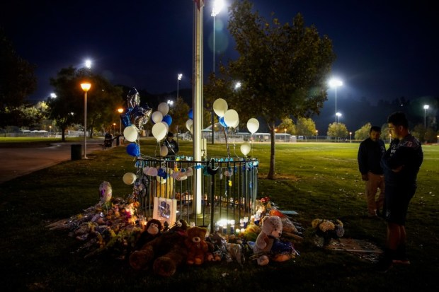 Memorial to murdered teens outside Saugus High School , Santa Clarita CA 1.jpg