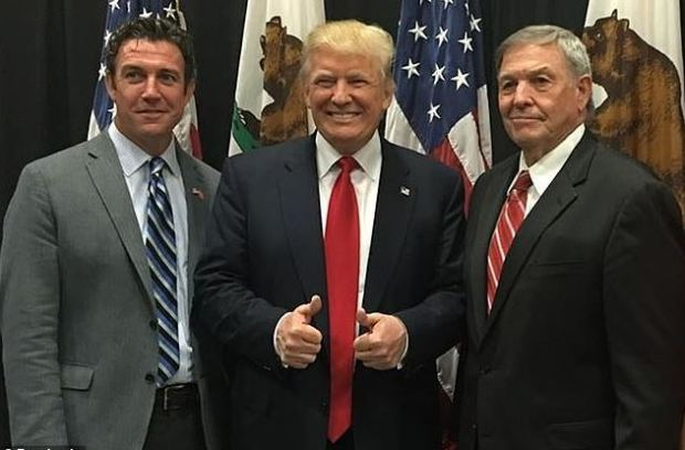 Duncan Hunter Jr [left], with Donald Trump [center], and his father, Duncan Hunter Sr [right] 1.JPG
