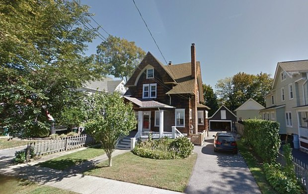 Liu fanly house in Pleasantville, Westchester, NY 1.jpg