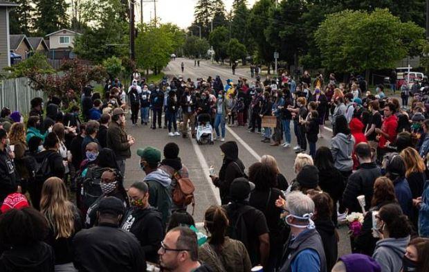 Justice 4 Manuel Ellis rally 1
