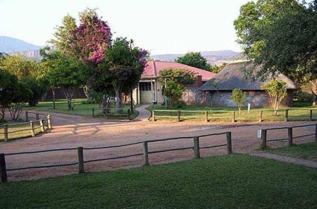 Rra-Ditau game lodge near Thabazimbi, SA 1