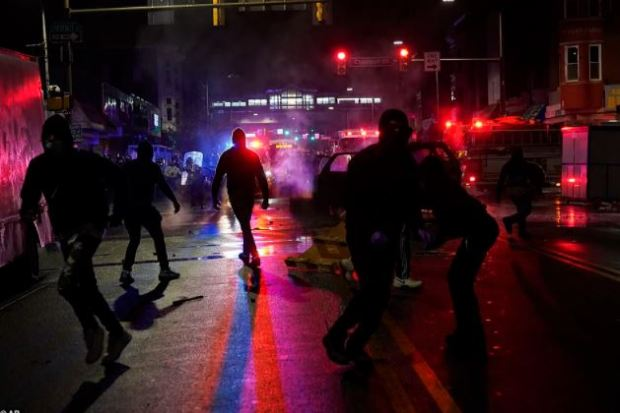 This image has an empty alt attribute; its file name is Protest-scenes-from-Phladelphia-Oct-26-after-police-shot-and-killed-Walter-Wallace-7.jpg