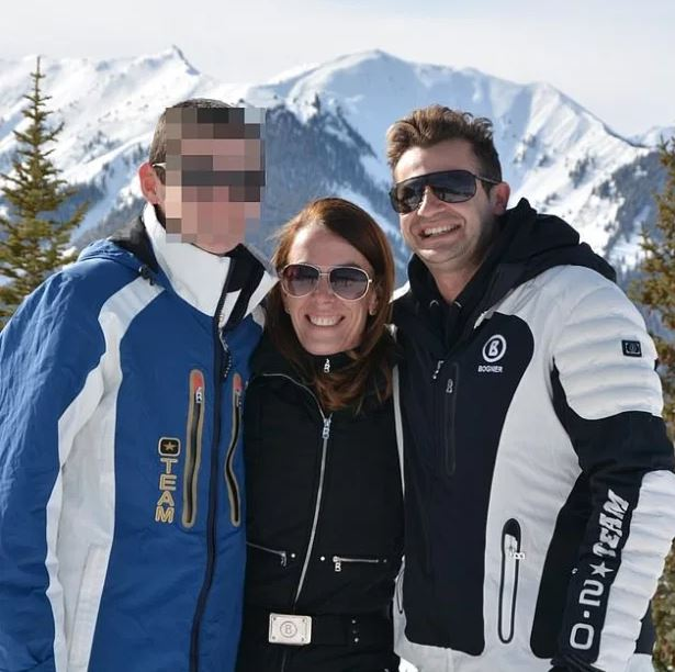 This image has an empty alt attribute; its file name is Melissa-Caddick-center-with-her-son-left-and-her-husband-Anthony-Koletti-right-pictured-on-a-family-holiday-1.jpg