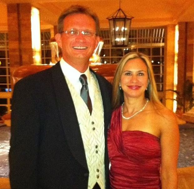This image has an empty alt attribute; its file name is Lawrence-Michael-Handley-and-his-ex-wife-Schanda-Handley-1.jpg