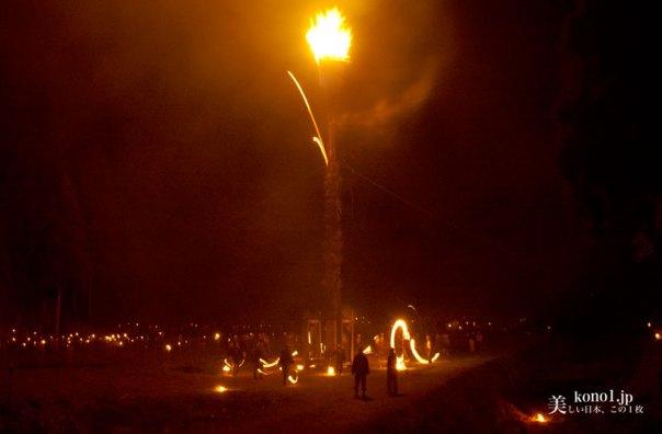 京都市 広河原 松上げ 放り上げ松 火祭 愛宕信仰