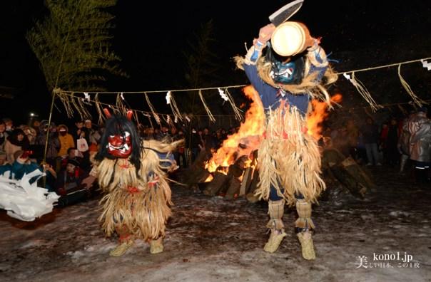 秋田県 男鹿半島 なまはげ柴灯まつり  なまはげせどまつり 柴灯 雪 北浦真山 しんざん 真山神社 なまはげ踊り  JR男鹿線