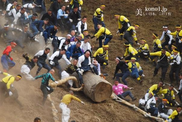 御柱祭 2010 諏訪大社下社 木落し坂 危険
