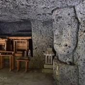 上坂田の磨崖神像 異様 洞窟 天使の羽