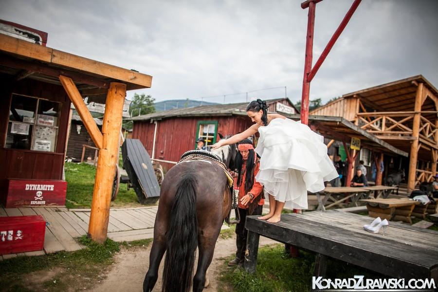 Sesja ślubna western city