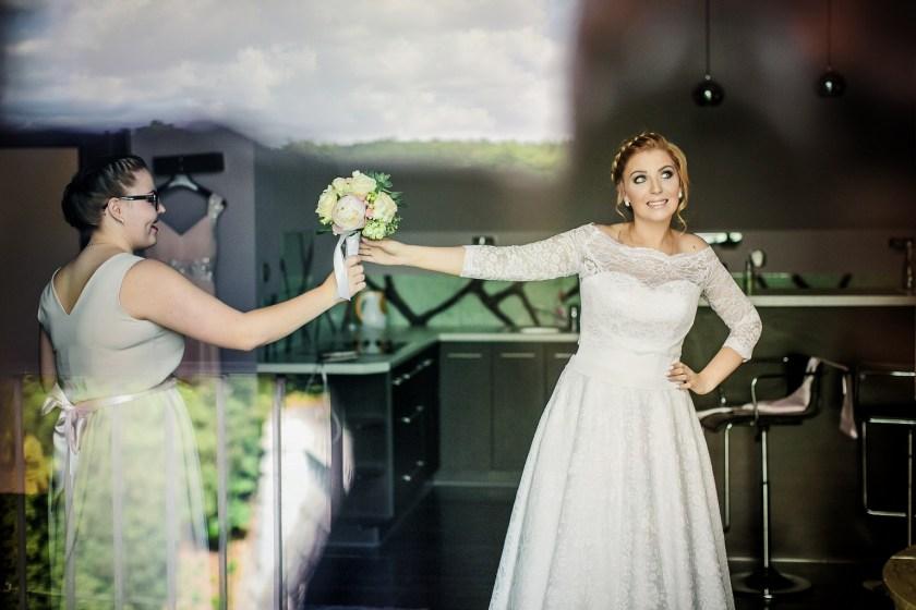 Bukiet ślubny - jak wybrać ten odpowiedni?   Fotograf ślubny Konrad Żurawski