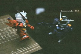 Gundam Age-1 Titus Vs Gundam Shroud