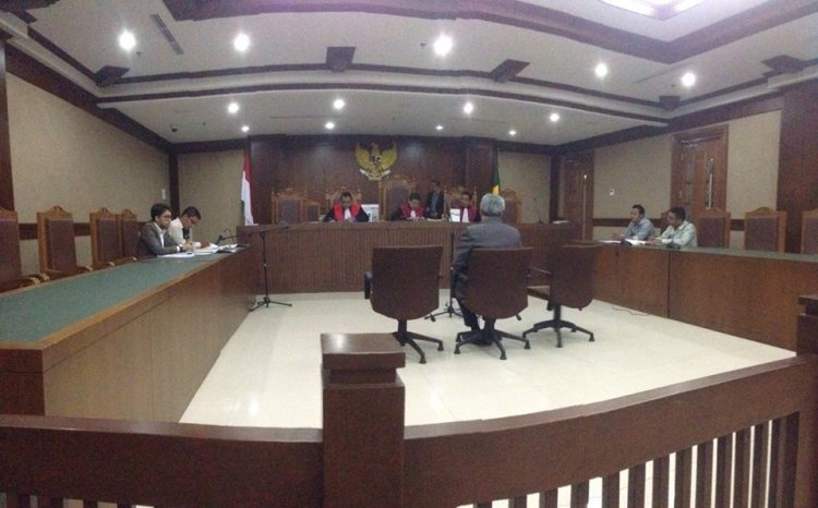 Boris Tampubolon di Pengadilan Negeri/Niaga/HAM/Tipikor Dan Hubungan Industrial Jakarta Pusat
