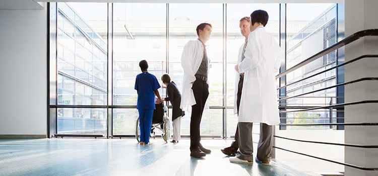 Langkah Hukum Jika Rumah Sakit Menolak Pasien Kritis Lantaran Tidak Ada Biaya?