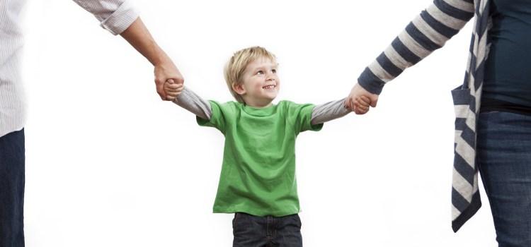 Hak Asuh Anak Di Bawah Umur Jatuh Kepada Ibu, Ini Dasar Hukumnya?