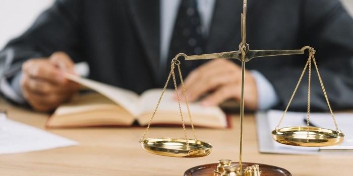 Advokat dan Konsultan Hukum: 2 Langkah Yang Bisa Diambil Saat Anda Mengalami Masalah Hukum?