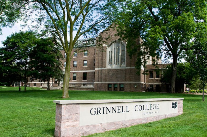 Grinnell-College-3-of-4