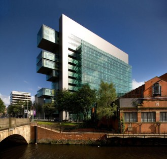 Manchester_Civil_Justice_Building-architecture-kontaktmag-01
