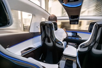 Mercedes_Benz_concept_EQ-industrial_design-kontaktmag-09