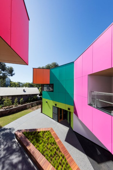 Ivanhoe_Grammar_School-architecture-kontaktmag-09