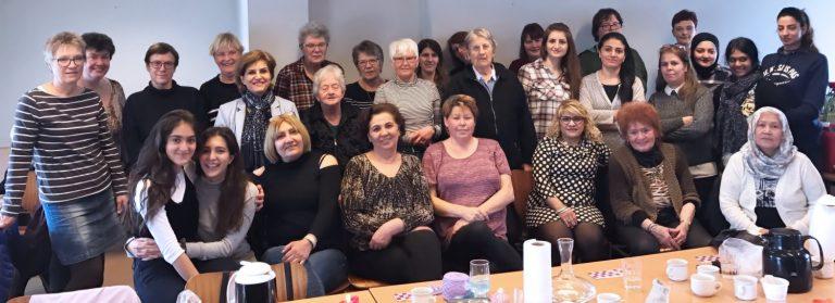 Cafe hos Narges, for kvinder