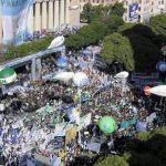 Finalmente, la CGT rompió con el gobierno y decidió un Paro Nacional contra Macri