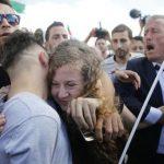 """La heroína palestina Ahed Tamimi libre: """"Llamo a luchar hasta el fin de la ocupación israelí y la liberación de presos políticos palestinos"""""""